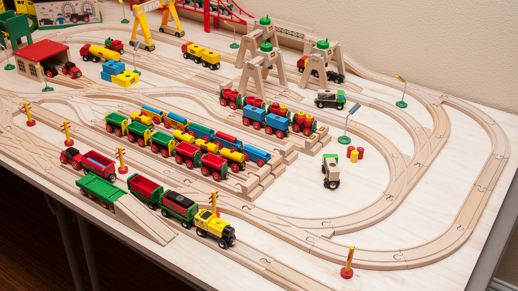 Train Tables Brio 174 Wooden Railway Guide